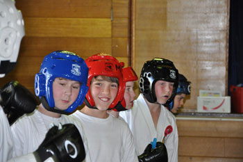 Kids learning confidence in martial arts